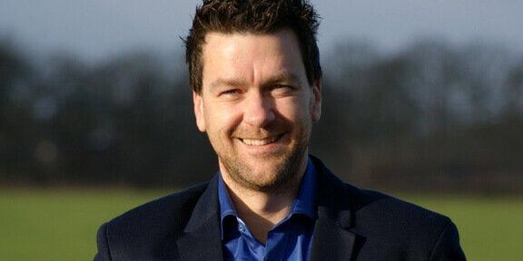 Steve G. Reendex Sports Anchor